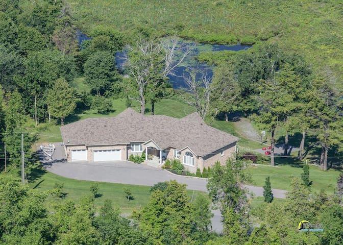 Hampton Hideaway Executive Retreat - Roseneath - Casa