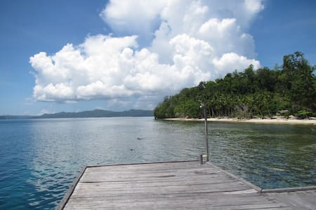 Scuba Republic Beach Bungalows Triple - Raja Ampat Regency - Bungalow