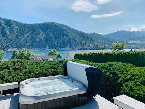 Cozy Wapato Point- Year Round Pool/ Private HotTub
