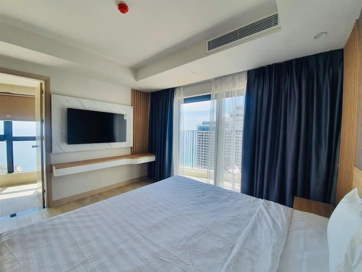Luxury Apartment 5* Sea View - 2 Beds Room