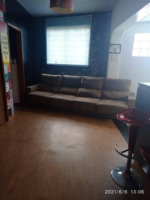 Casa mobiliada em BH.