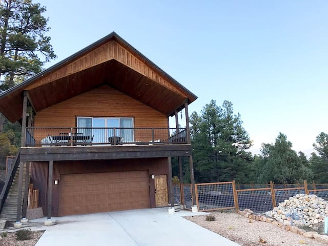 3 Bedroom Downtown Pagosa Springs Private House