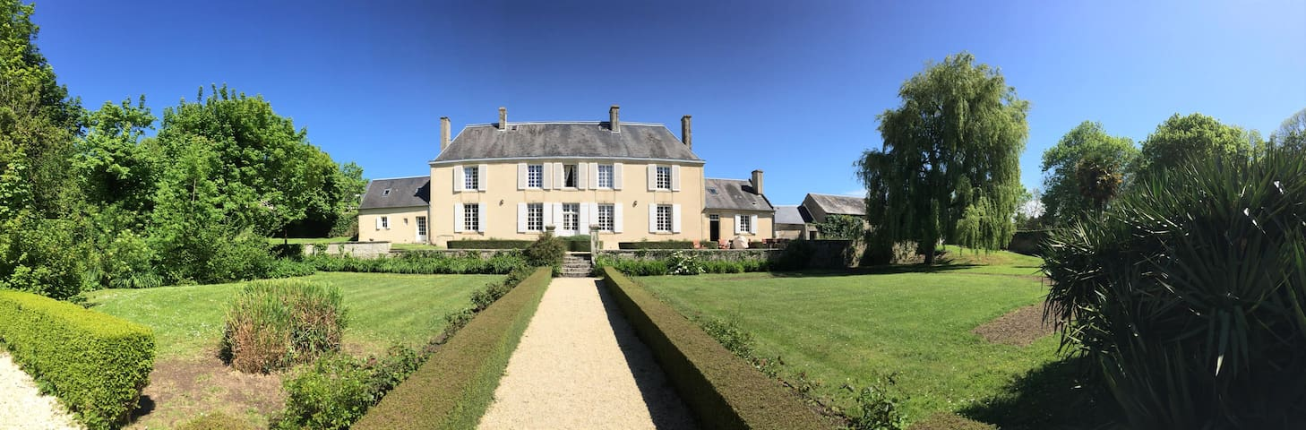 Authentic Normandy Manor close to Bayeux