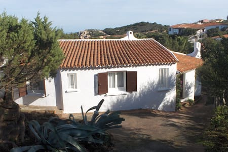 Villa with terrace, wonderful sea views, 6 guests - Baja Sardinia