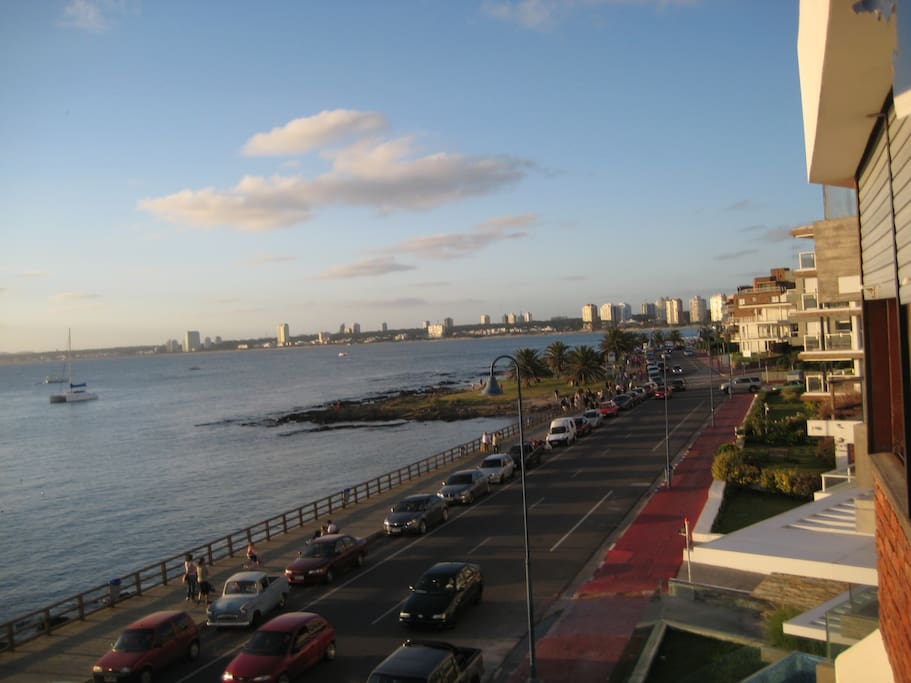 Vista bahía desde el balcón