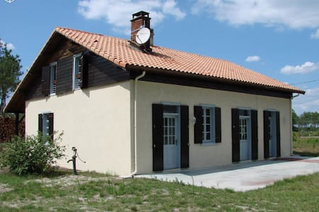 Rental house 8/10 people at 15min from Mimizan - Escource