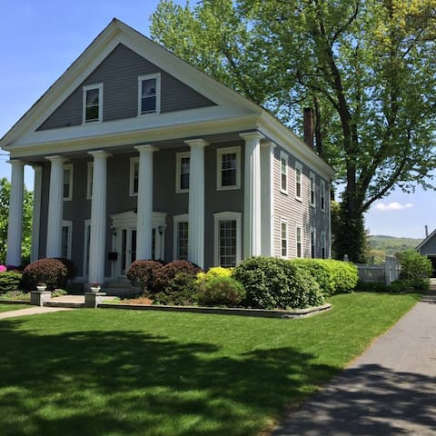 Spacious Home in Northfield Center