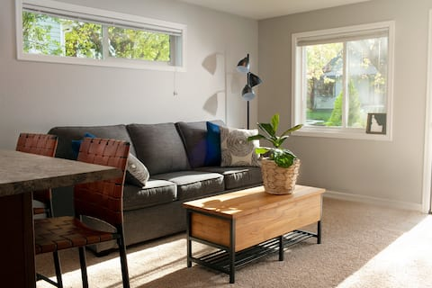 Downtown Sanders Beach Retreat for 2