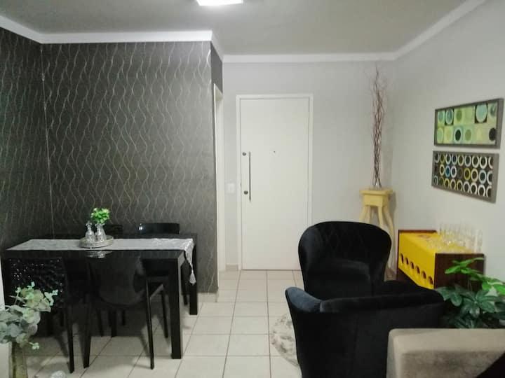 Apartamento inteiro mobiliado sinta-se em casa