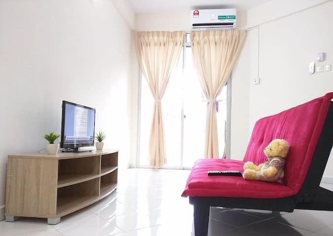 Cozy 3 Bedroom Apartment 3 min from USM Penang