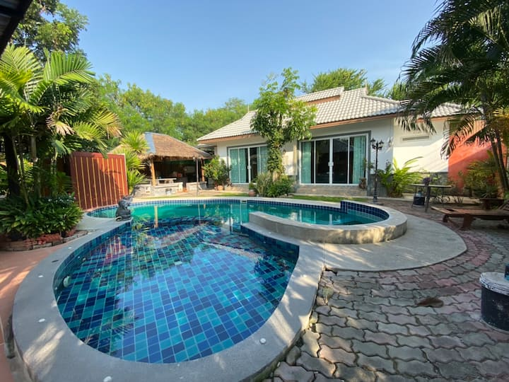 Baan Amm Huahin 5 Bedrooms with children pool