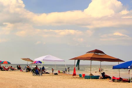 Two Bedroom Unit at Oceanfront Daytona Resort - Daytona Beach Shores