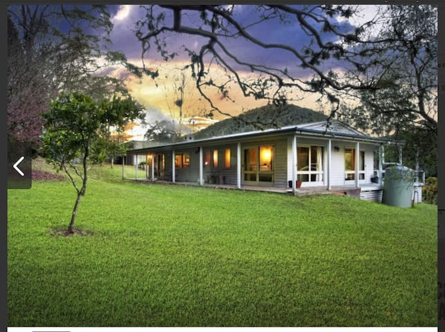 Cedar Tree Farm- house in Cedar Brush Creek - Yarramalong