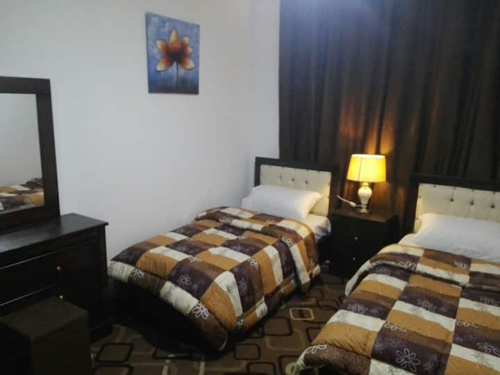 Siesta Guest House /Twin Room (free breakfast)
