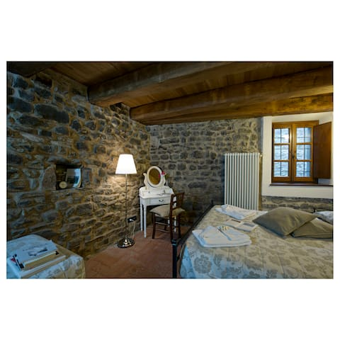 Casa in pietra in Lunigiana Tuscany