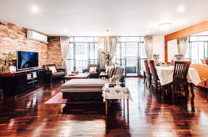 3BR Suite 146sqm BTS Thonglo - Bangkok - Appartement
