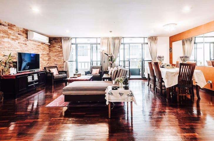 3BR Suite 146sqm BTS Thonglo - Бангкок - Квартира
