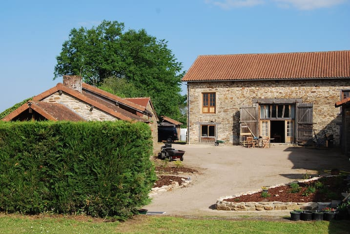Large Converted Barn ideal for large groups