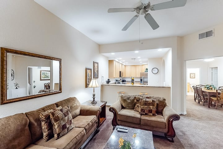 1st floor condo w/ shared pools, sauna, patio, limited-mobility access, gym