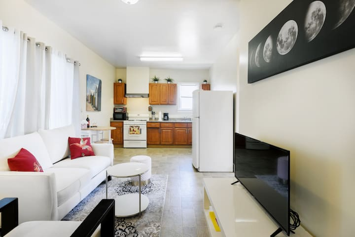 Private Apartment close to San Francisco