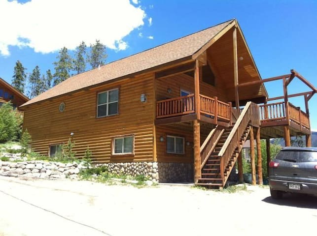 Grand Ave Beauty with Awesome Views - Grand Lake - Haus