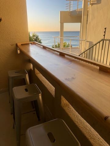 Clifton Beach Apartment with Sea View Balcony