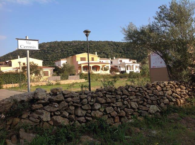 CASA SERAFINA - Budoni - Ferienunterkunft