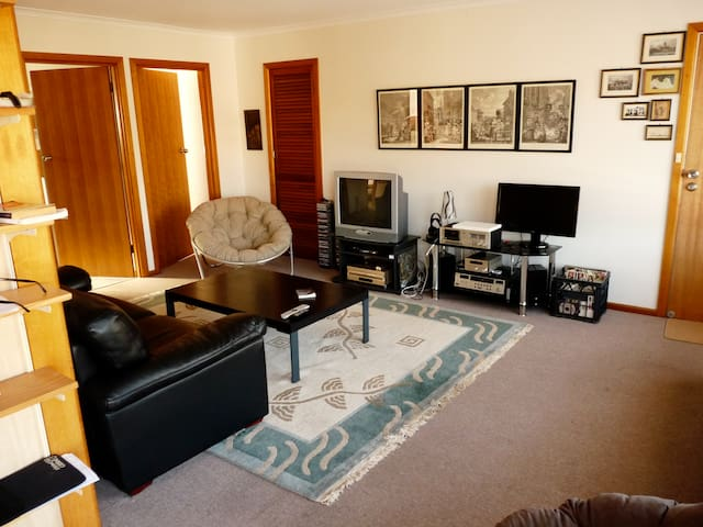 Apartment in sleepy West Moonah away from the city - Moonah
