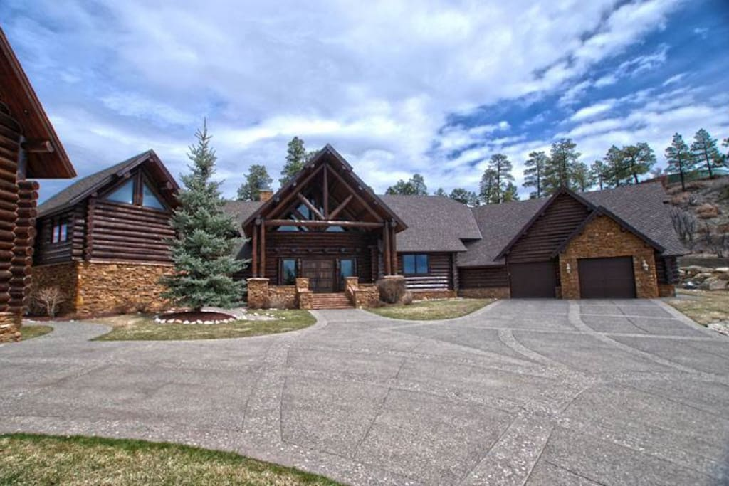 Fir,Building,Cottage,Roof,Hut
