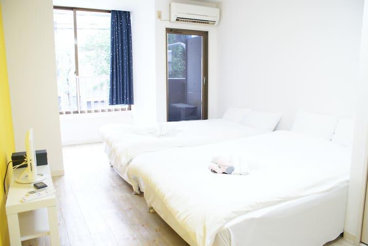2个床供四人入住在难波站附近 免费 WIFI