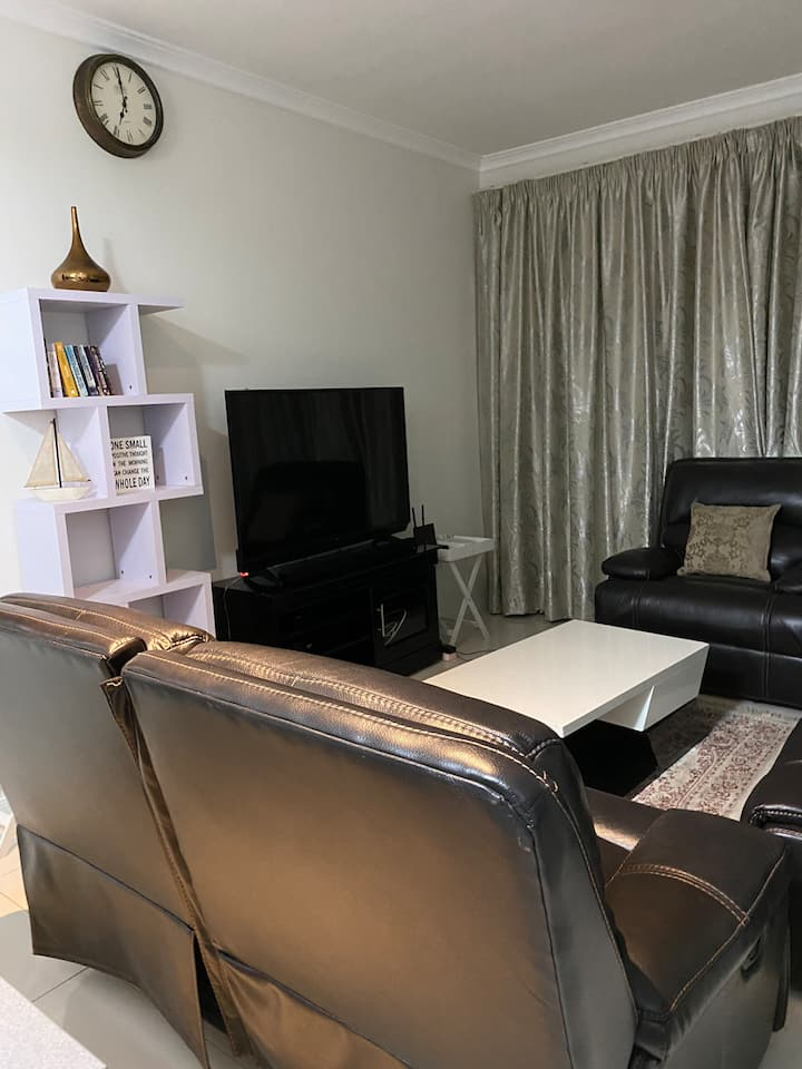 Beautiful Private Apartment@92 on New