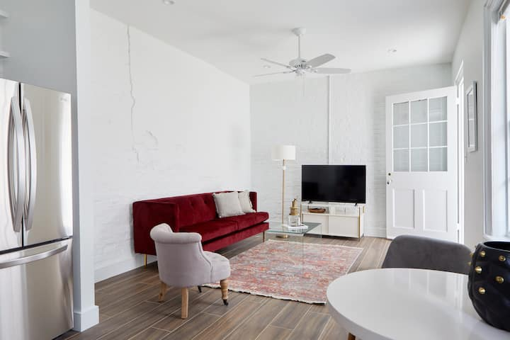 Sonder | 1BR by Lafayette Square | Weekly Specials