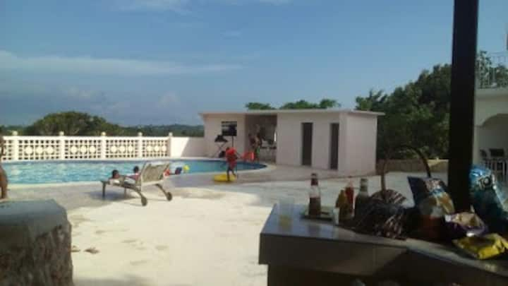 Henny Resort