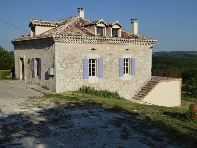 Maison 10 couchages avec piscine - Montbarla - Casa