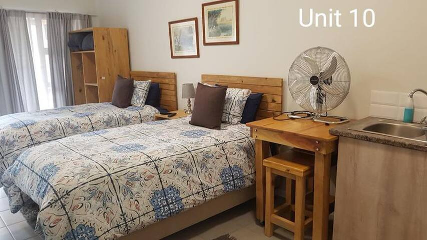 Main bedroom - unit 10 - 2 sleeper