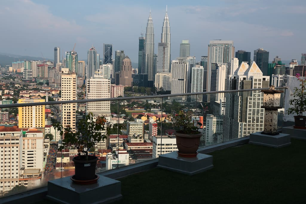 Your very own KLCC view from our garden, also ideal for Yoga in the early morning or evening