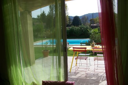 Paisible villa à la campagne - Alba-la-Romaine