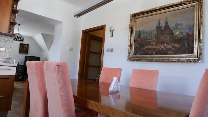 Villa Hradesinska