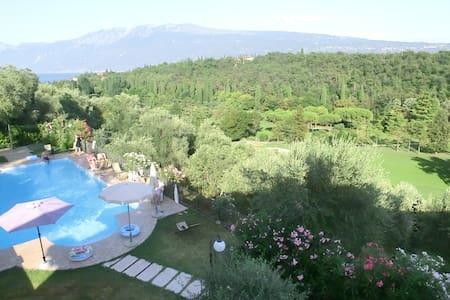 Golf natural environment Le Brede - Toscolano-Maderno