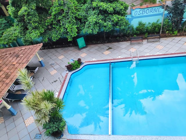 AC Studio Apartment with Pool in heart Calangute