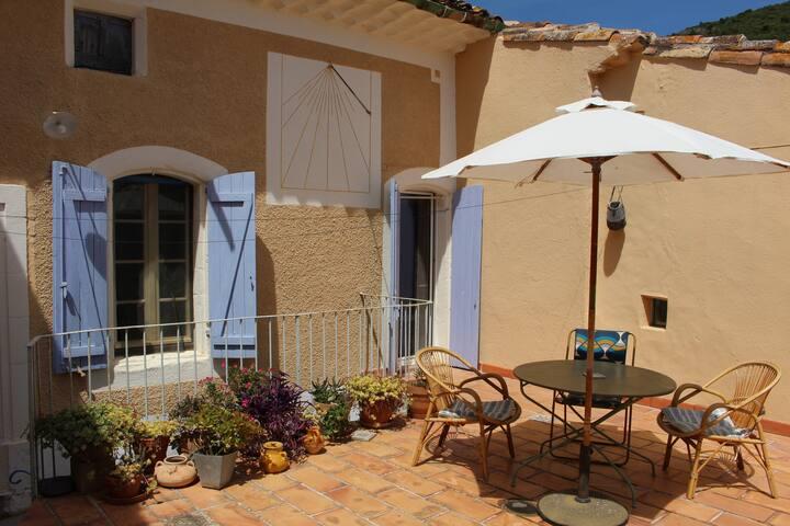 Belle maison de village - Languedoc - Lac Salagou