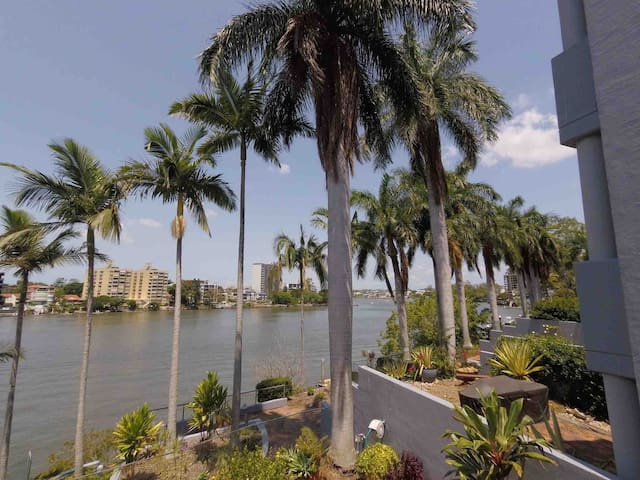 Townhouse on the River, Kangaroo Point