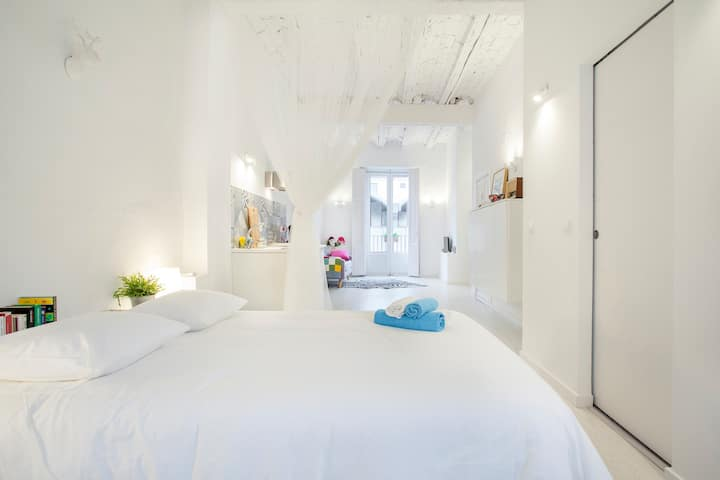 Cosy & luminous studio in the heart of the city