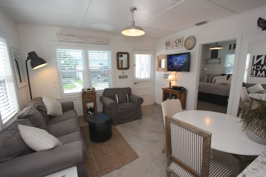 Open Living Area with Sleeper Sofa/Flat Screen Cable TV/Dining Area with Seating for 3