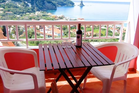 Sea View hotel Rooms for 5 guests. Free pick up - Corfu