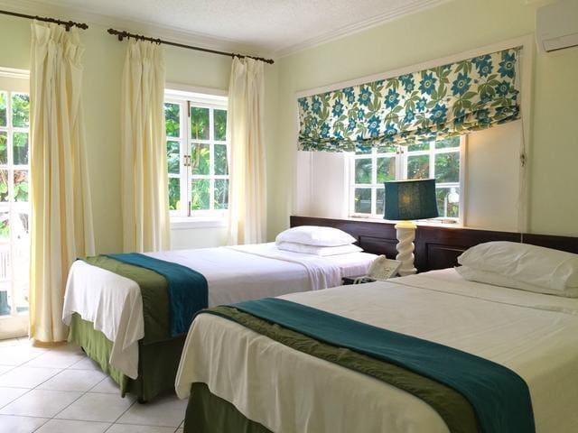 Mystic Ridge Resort, Ocho Rios (Standard Room) - Ocho Rios - Condominium
