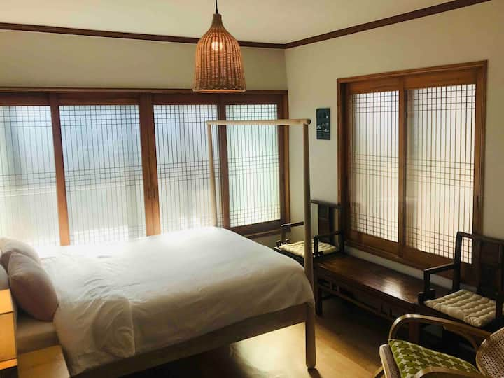 Ocean view 3BR house with garden in Seogwipo City