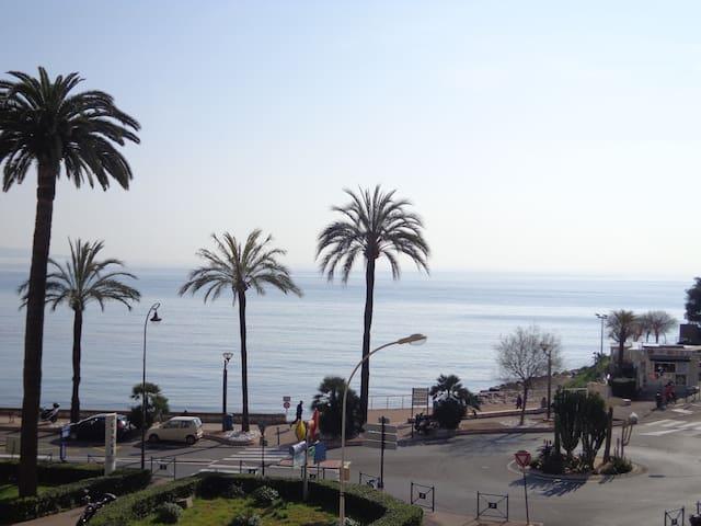 2 pièces - Roquebrune Cap Martin
