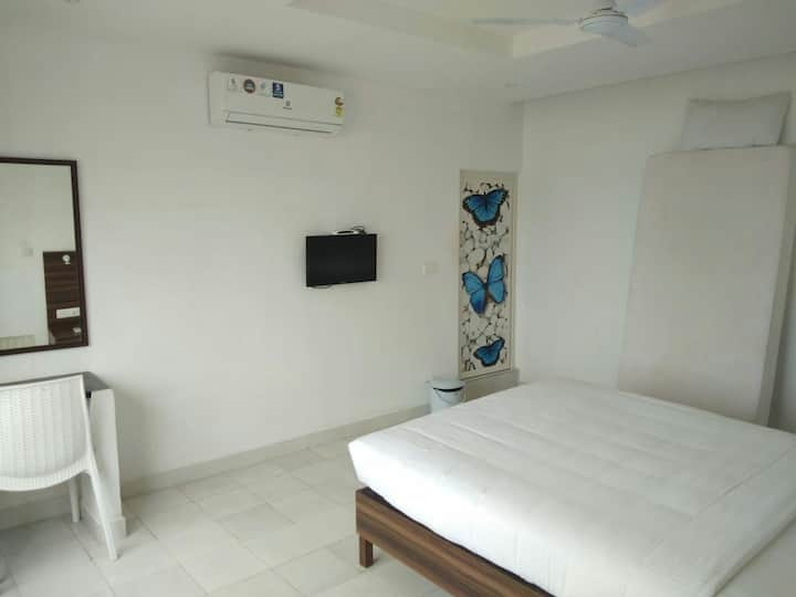 THEEVU PLAGE-06 (non-sea view room Beach Resort)