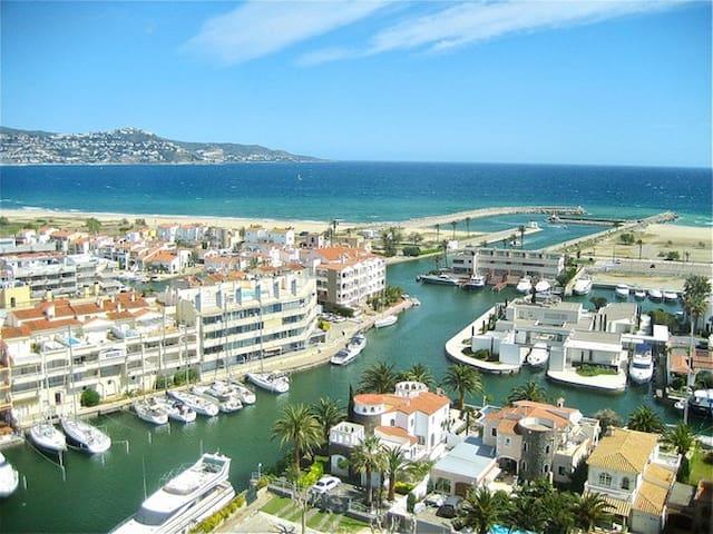 Appartement au bord de la mer